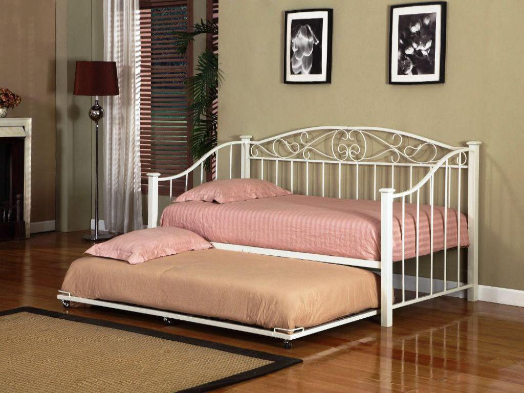 Day Bed Trundle Bed Daybed Trundle Ikea A Multiple Purpose Furniture Homesfeed
