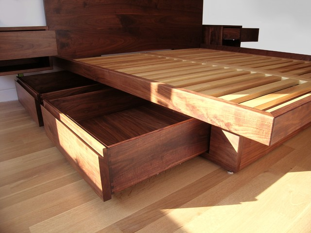 Fascinating Beds With Drawers For Super Convenient