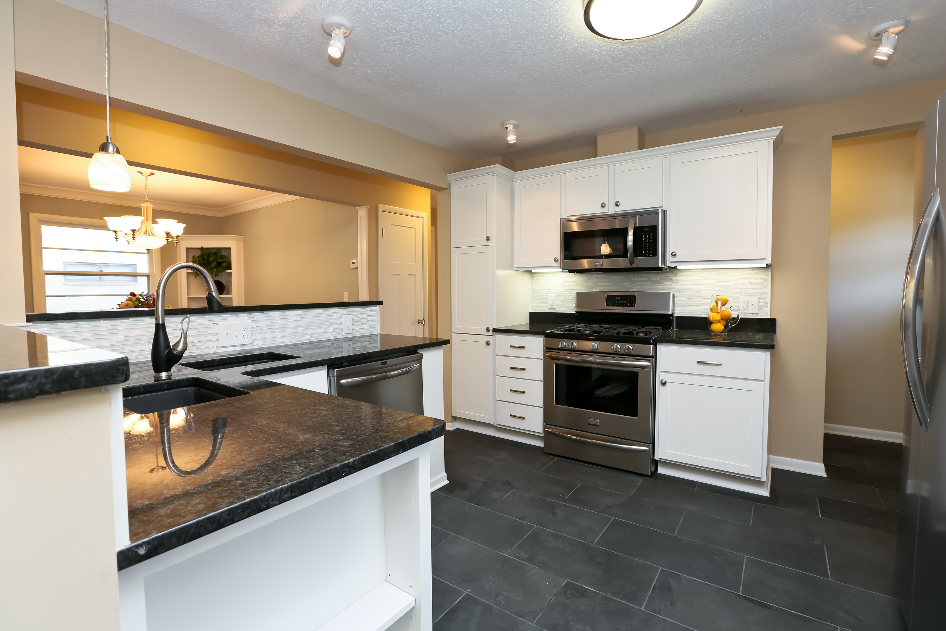 average remodeling costs and return on investment average kitchen remodel