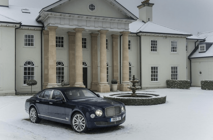 8 Million Dollar Car Wallpapers A Look At Some Mansions With Expensive Cars Parked In