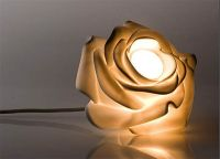 Eight flower-shaped lamps to give a natural look to your ...
