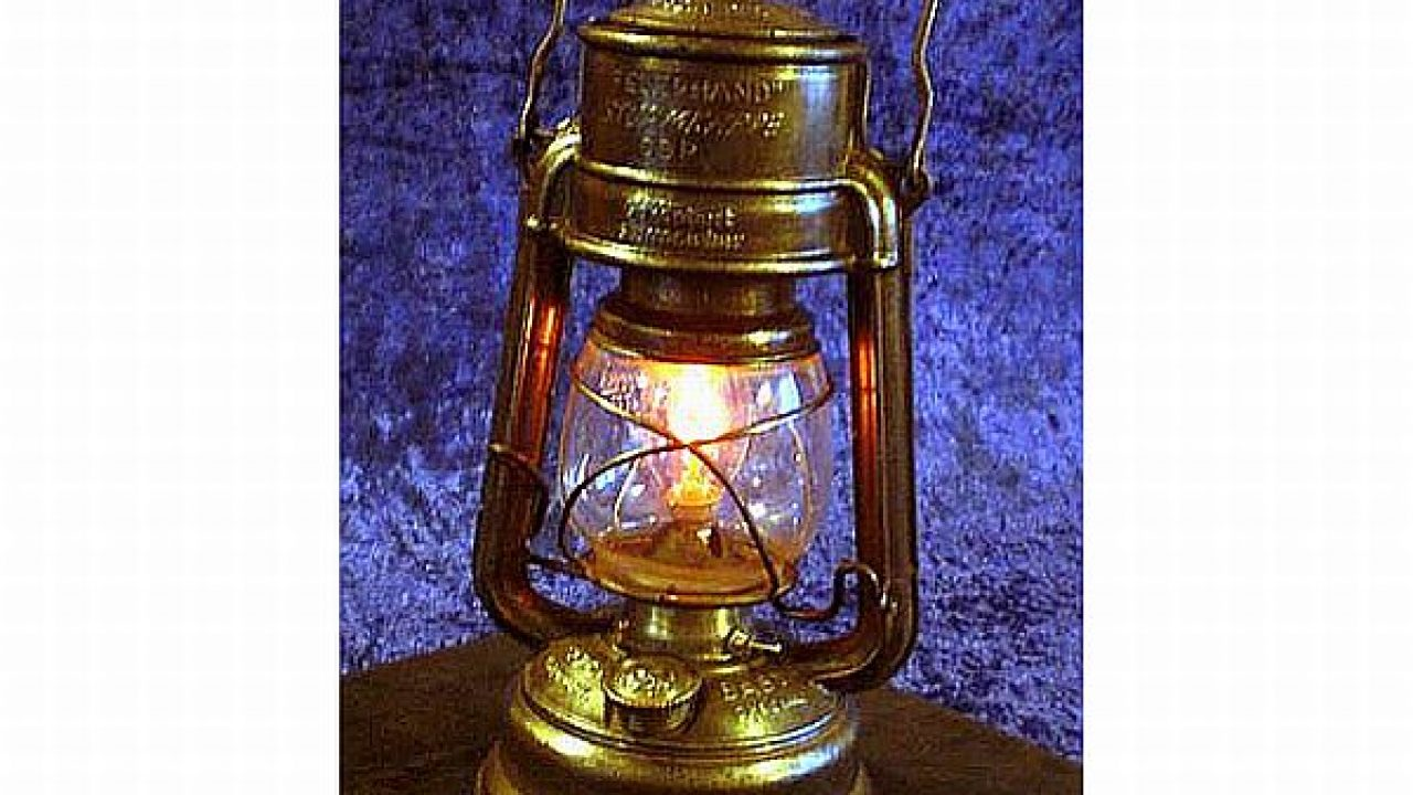 Diy Kerosene Lamp How To Convert An Old Kerosene Lantern Into A Sparkling Steampunk