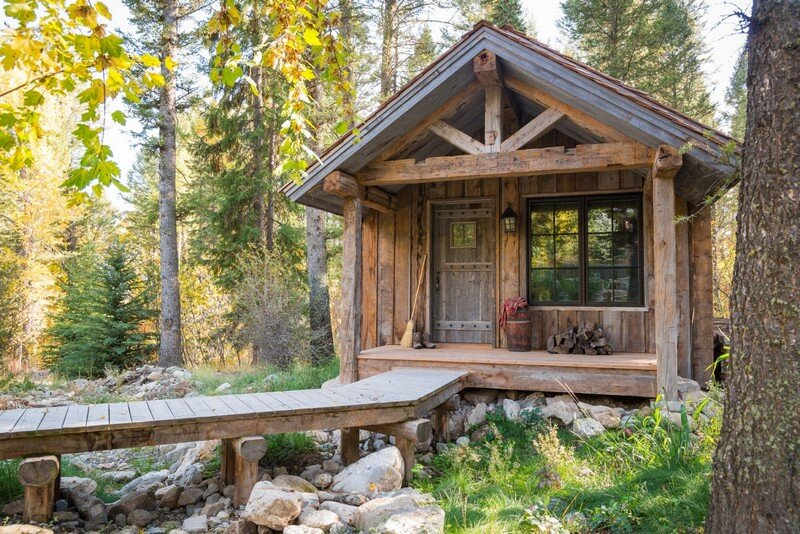 Rustic Modern Family Room Fishcreek Woods: Tiny Guest Cottage In Jackson, Wyoming