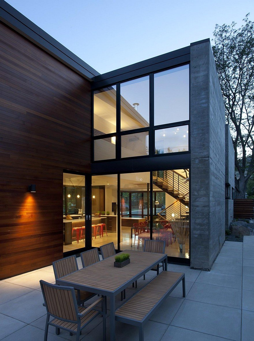 Modern Boulder House Designed For Two Professional Athletes