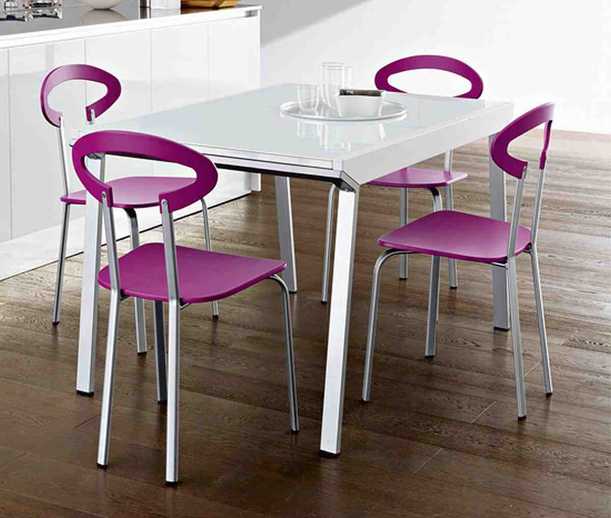 Modern Table Chairs Convenient Seating Ideas With Attractive Modern Kitchen