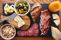 The Perfect Cheese Platter  HonestlyYUM