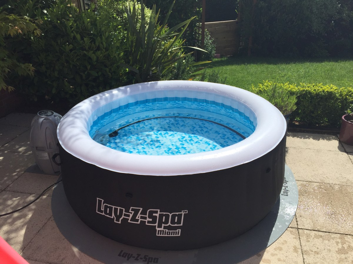 Bestway Pools The Range Review Bestway Lay Z Spa Miami Honestsimon