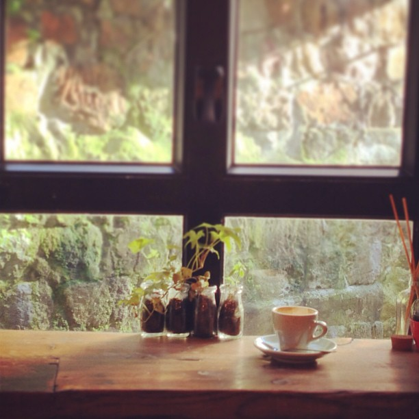 Rainy Fall Day Wallpaper Coffee In The Evening By The Window Hong Kong Thru My Eyes