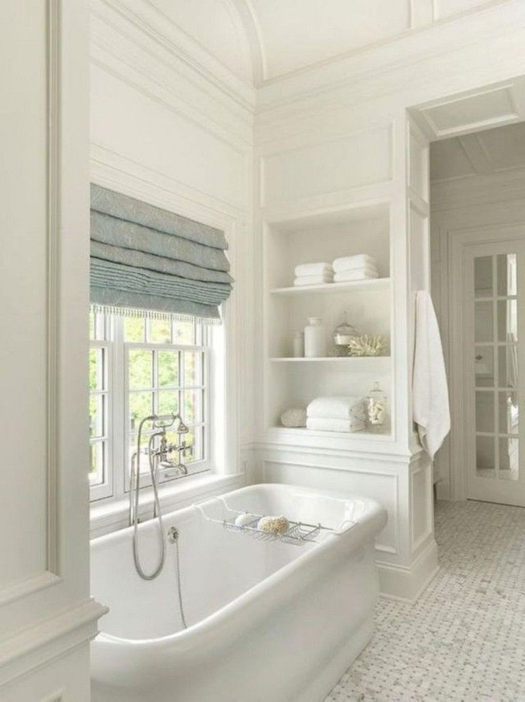 Popular And Stylish Small Master Bathroom Remodel Ideas 19 Hmdcrtn