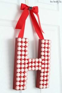 DIY Christmas Door Decoration: Homemade Holiday ...