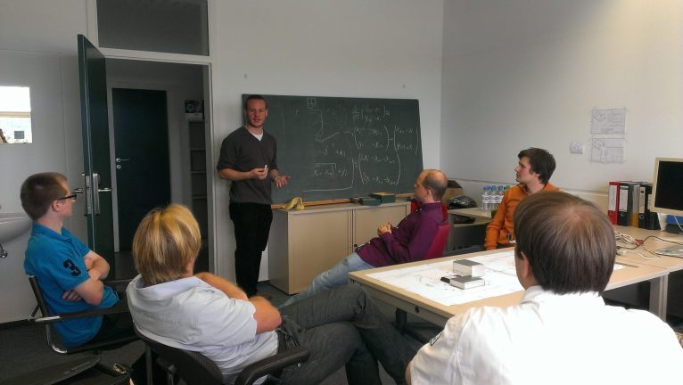 Jochen explaining our algortihm to the experts