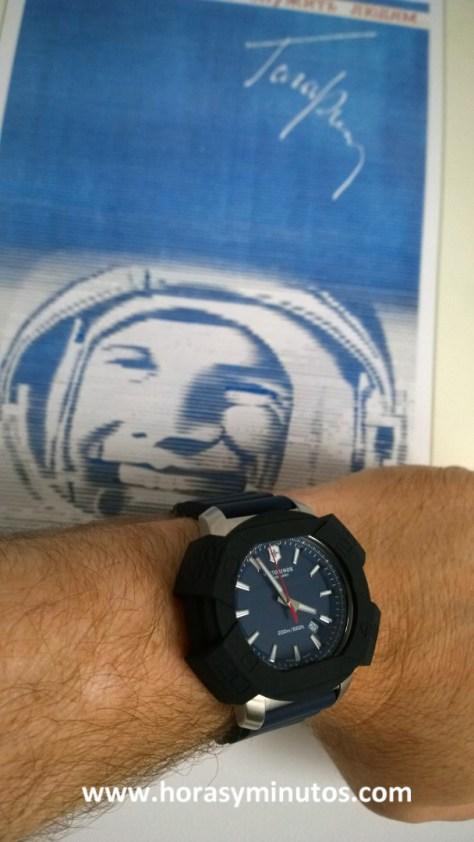 Victorinox INOX azul con Yuri Gagarin