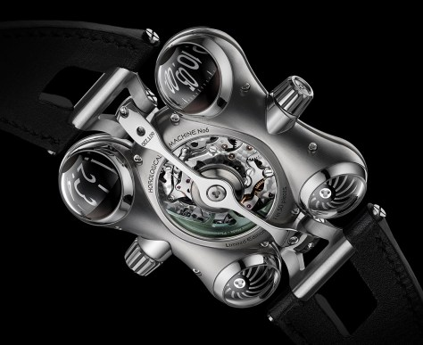 MB & F HM6 Space Pirate reverso