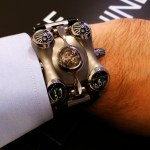 En la muñeca: Space Pirate de MB & F