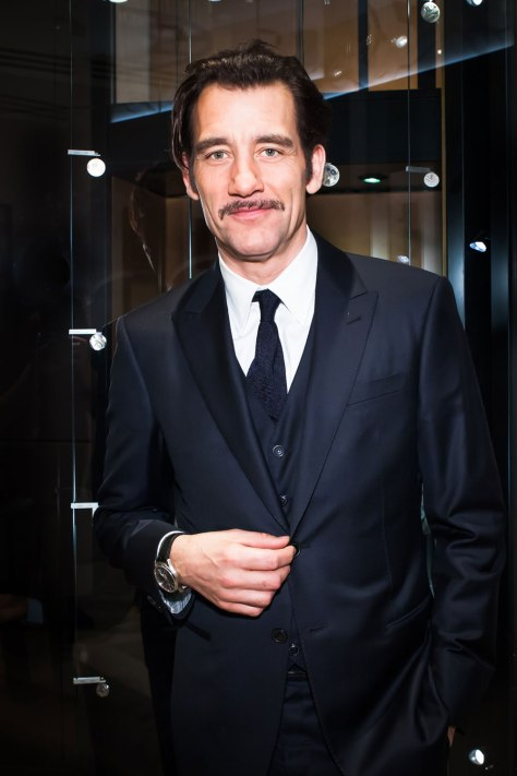 Clive Owen con Master Grande Tradition Tourbillon à 43