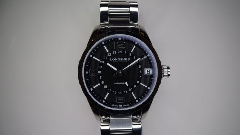Longines Conquest Classic Automatic GMT frontal