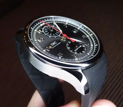 IWC Portugieser Yatch Club Chronograph acero y esfera antracita de perfil