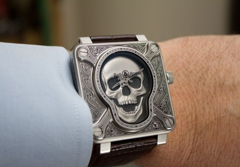 Bell-&-Ross-BR-01-Burning-Skull-9-HorasyMinutos
