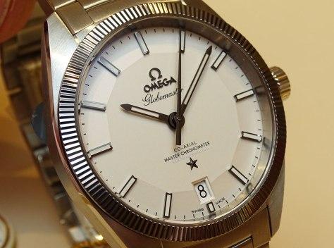 OMEGA-Globemaster-Master-Chronometer-acero-esfera-plateada-1-Horas-y-Minutos