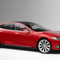 Tesla Continues To Innovate: Model S Now Raises The Suspension Based On Your GPS Location