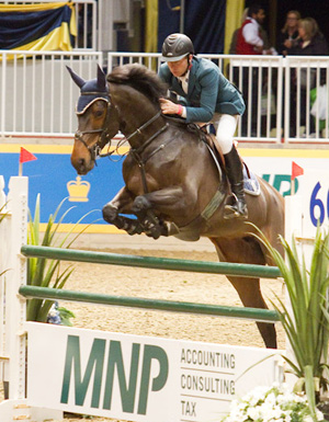 """Ireland's Dermott Lennon guided Loughview Lou Lou to victory in the $32,000 MNP International """"Top Score"""" class at the 90th Royal, amassing an incredible 1390 points mainly by """"zig-zagging"""" down the ring over the jumps. Image ©BenRadvanyi.com"""