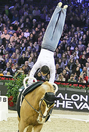 World Champion Nicolas Andreani (FRA) with Just A Kiss, lunged by Marina Joosten Dupon, won the third leg of FEI World Cup™ Vaulting 2012/2013 in Paris (FRA). (Photo: Eric Malherbe/FEI)