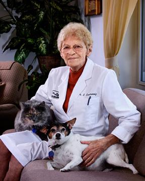 Dr Suzanne Saueressig