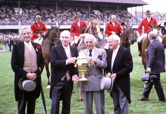 Frank O'Reilly of Ireland (left), who has died aged 90, is pictured here at the 1988 Dublin Horse Show with the then President of Ireland Patrick J. Hillery, and British Chef d'Equipe Ronnie Massarella holding the Aga Khan trophy.