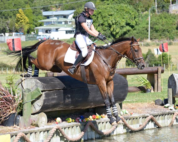 Madison Crowe took out the 2* NZ Young Rider Championship on Brogan at the weekend.