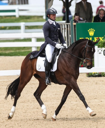 Michael Pollard and Mensa G are the early leaders of the Rolex Kentucky Three-Day Event, presented by Land Rover, scoring 49.5.