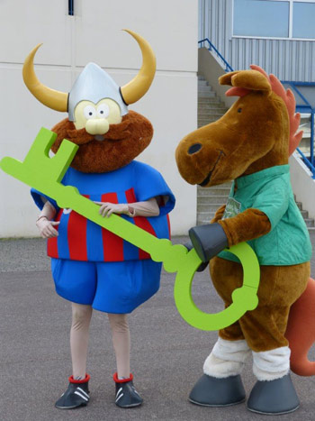 Viking hands over the key to Ornano stadium to Norman.