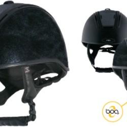 Aussie jockeys revolt over new safety helmets