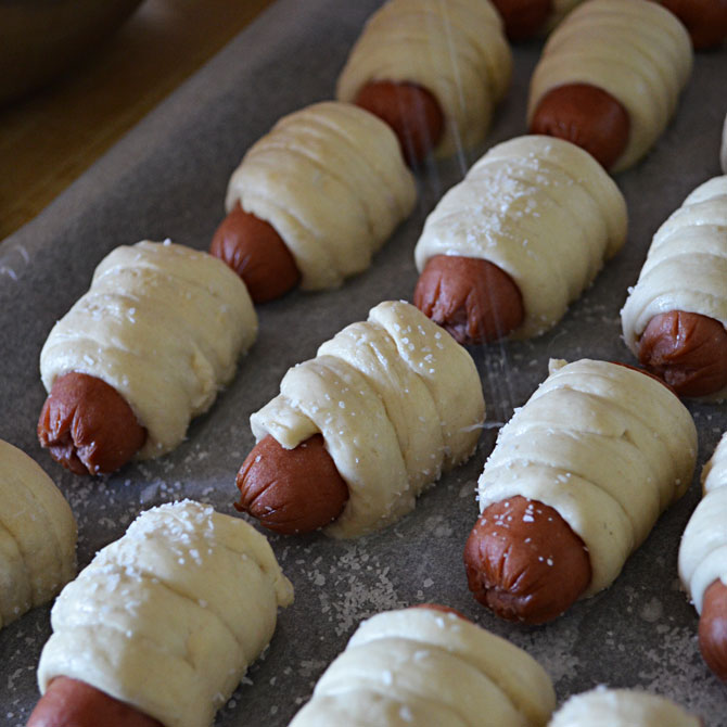 Mini Pretzel Dogs