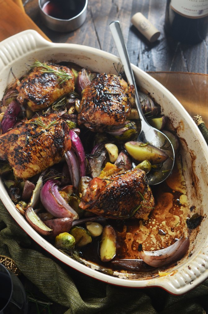 Balsamic-Red Wine Roasted Chicken Thighs and Vegetables - Host The ...