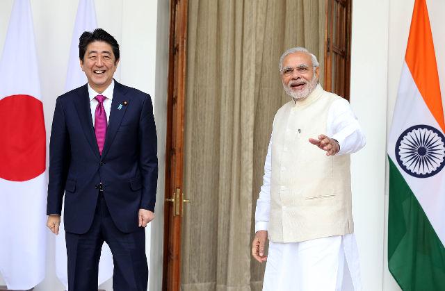 japan-india-deals-epa-h_52458975-20151212