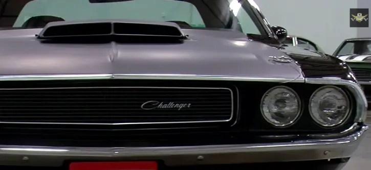 triple black 1970 dodge challenger t a hot cars. Black Bedroom Furniture Sets. Home Design Ideas