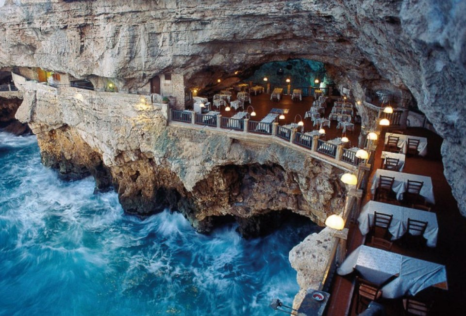 http://www.agapevoyage.com/2015/05/22/15-hotels-that-you-must-experience-before-you-die/