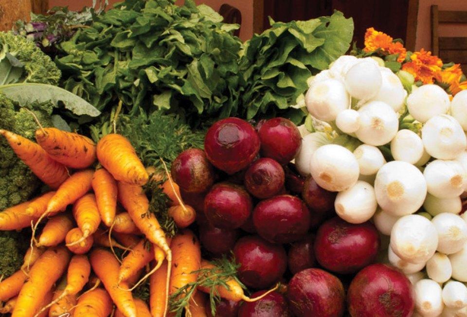 http://lifepart2.com/wp-content/uploads/2011/12/Organic-Market-2564.jpg