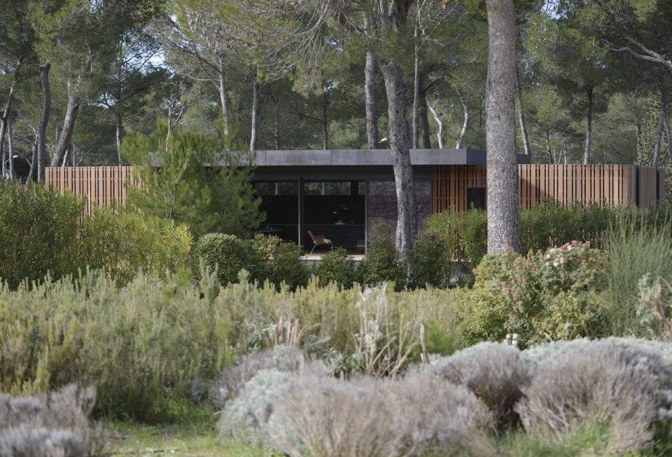 http://www.multipod-studio.com/popup-house-passive-house/