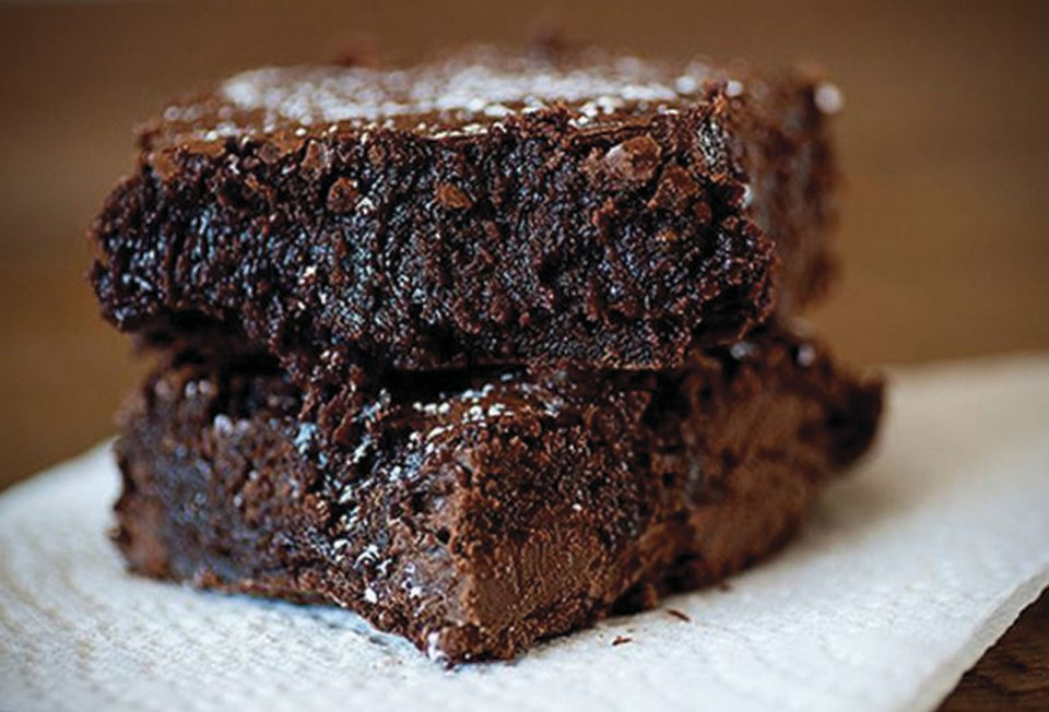 http://www.recipeshubs.com/healthy-nutella-brownies/14834