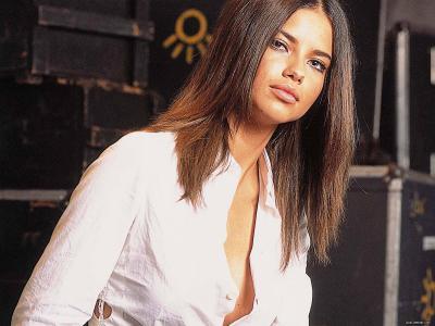 Adriana Lima 41 Cool Hd Wallpaper - Hot Celebrities Wallpapers