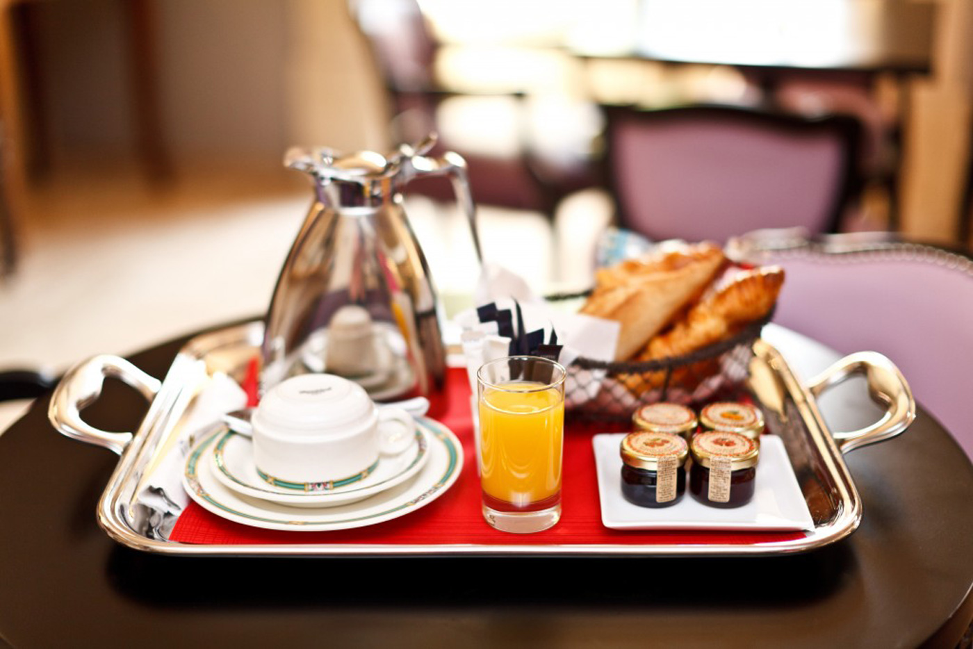 Petit Dejeuner Sur Paris Special Bed And Breakfast Offer Hotel Cannes Hôtel De