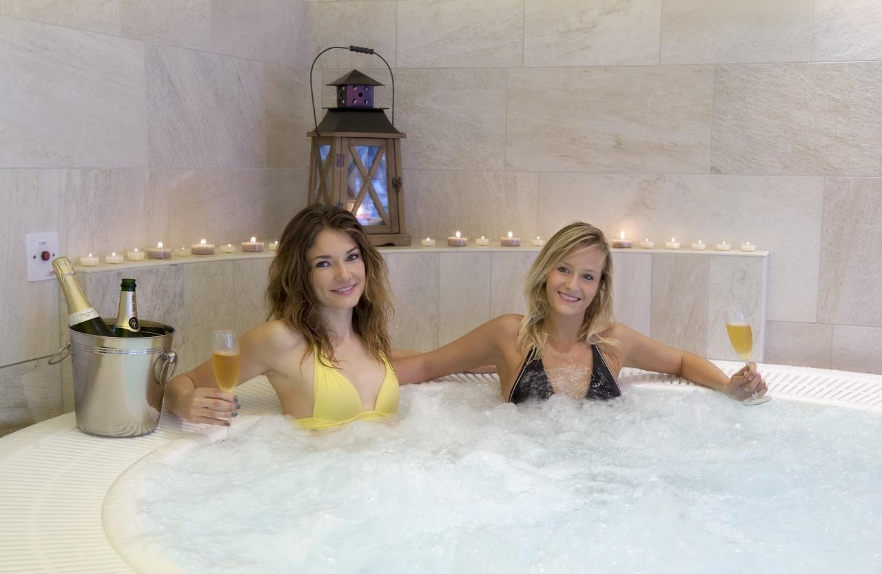 Bagno Turco In Inglese : Bagno turco in inglese bagno campagna elegant rif mq camere bagni
