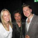 Al Pacino sandwiched between a very jubulent Arabella and Archie