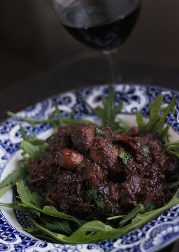 Beef cheeks with mushrooms and Asian spices