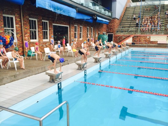 Start of the breaststroke