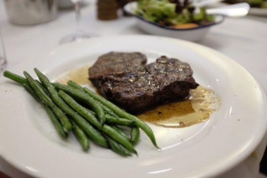 300gm grass-fed scotch fillet with green beans