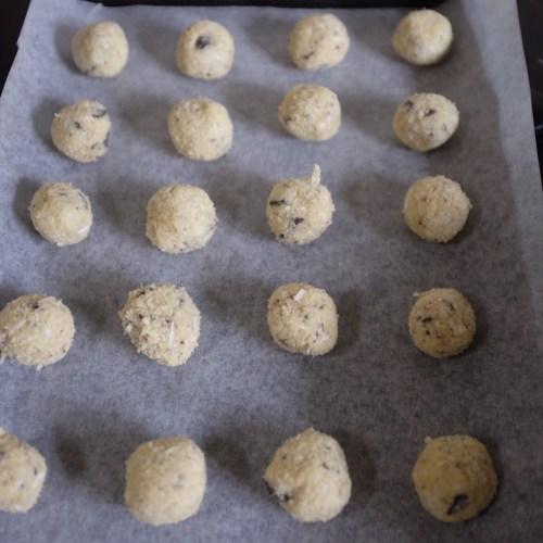 Roll into little round balls