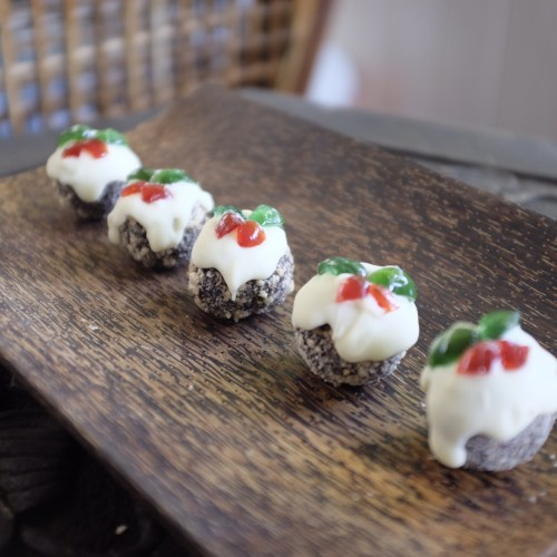 Mini Christmas Pudding Truffles