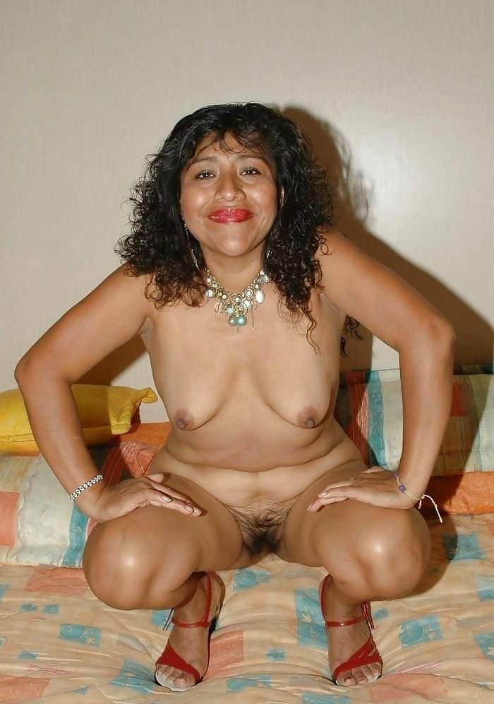 mature mexican mom tits